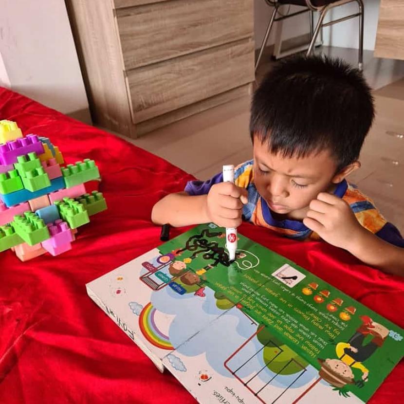anak-anak-belajar-dengan-konsep-homeschooling-di-rumahnya-di-bandar_200728235133-183